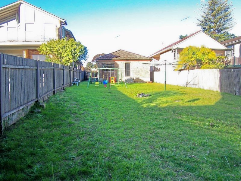 11 Campbell St, Abbotsford NSW 2046
