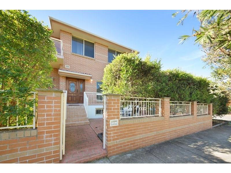 2/24 Altona St, Abbotsford NSW 2046