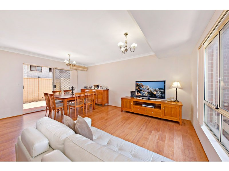 2/182 Hampden Rd, Abbotsford NSW 2046