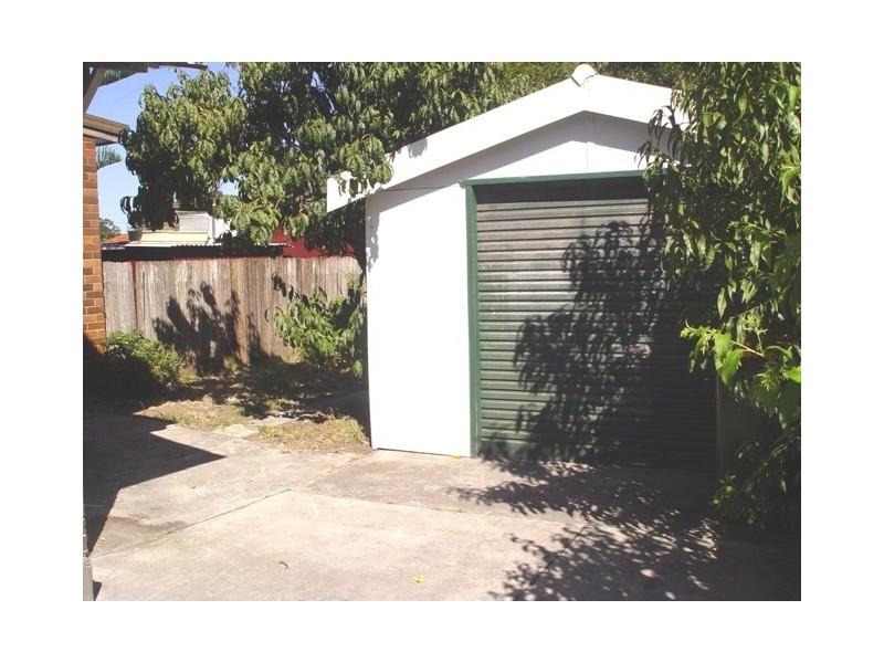 1  Kenny Avenue, Chifley NSW 2036