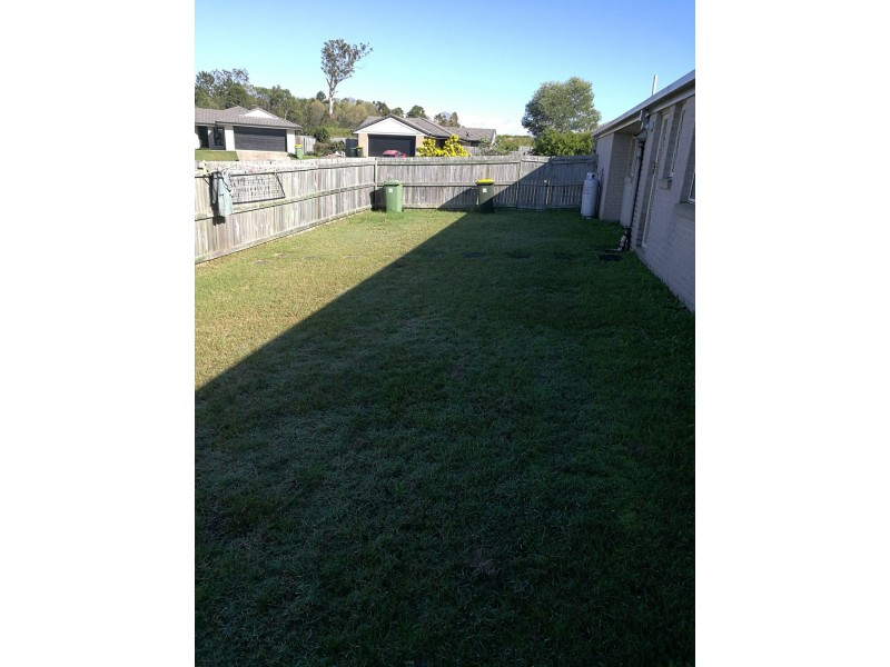 15-17 Grassdale Crescent, Morayfield QLD 4506