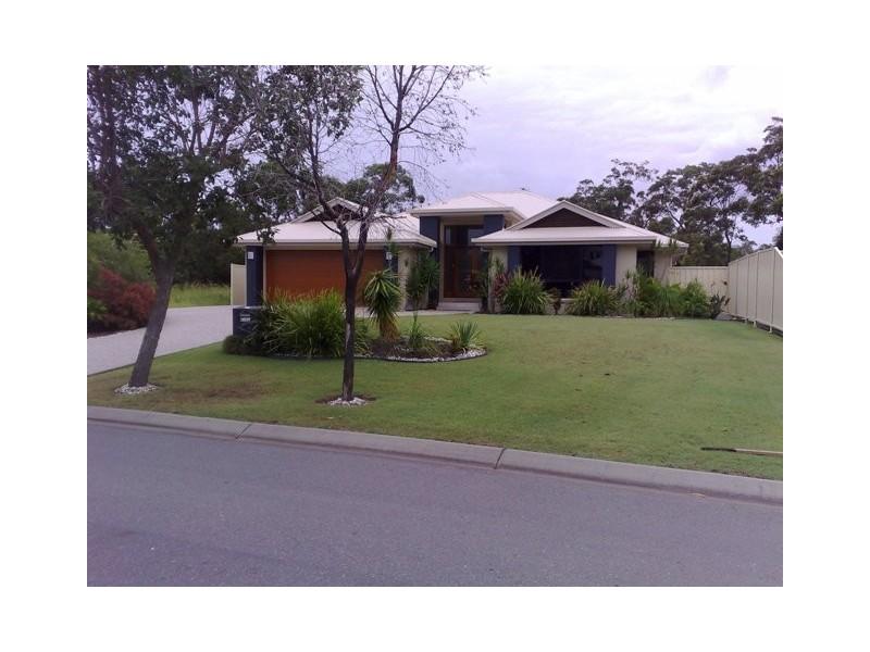 100 Mahogany Drive, Pelican Waters QLD 4551