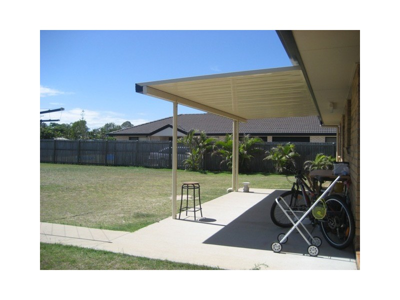 11 GUNSYND WAY, Point Vernon QLD 4655