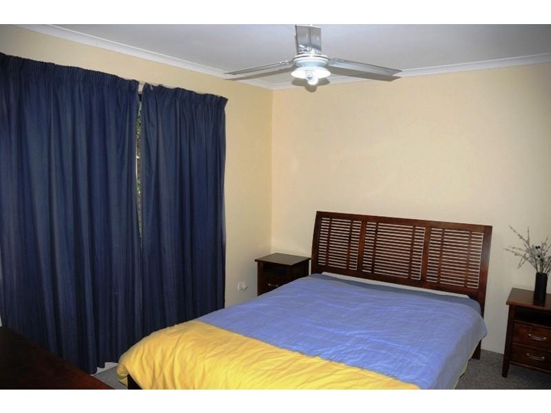 2/8 Efymia Court, Daisy Hill QLD 4127
