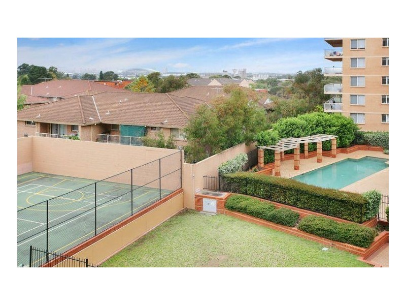 173/2 MACQUARIE ROAD, Auburn NSW 2144