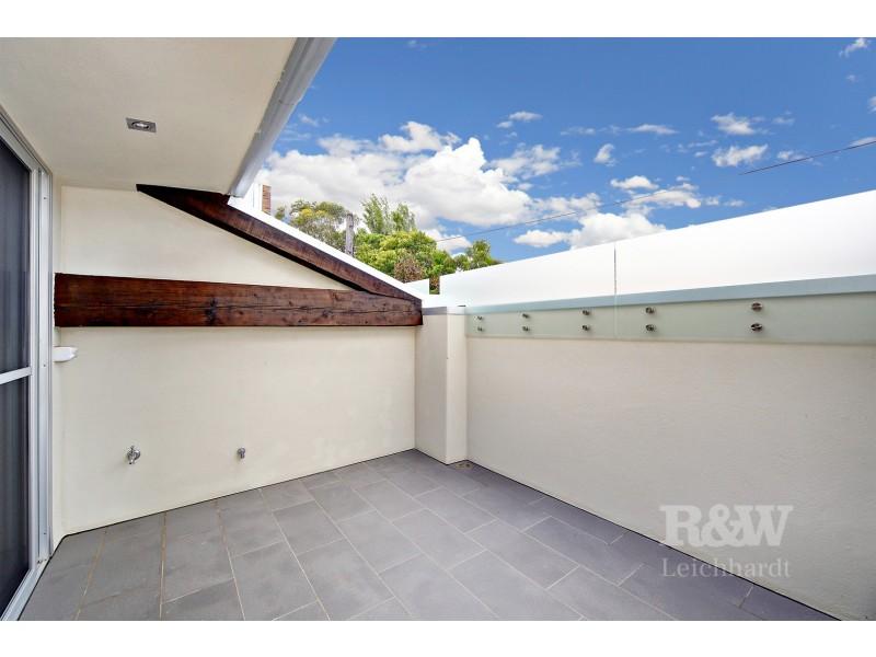 2/10 Emma Street, Leichhardt NSW 2040