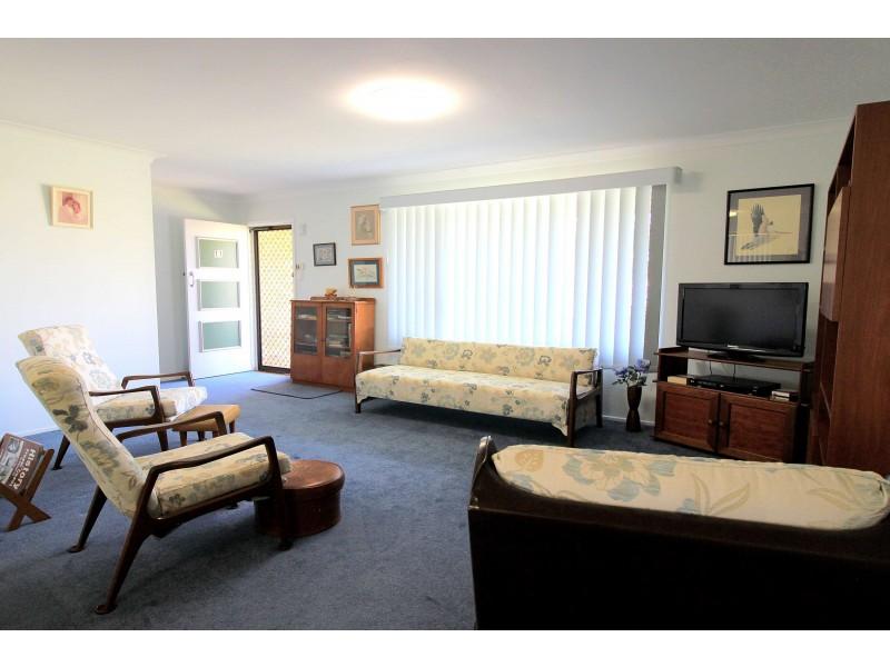 11 Wilson Street, Kepnock QLD 4670