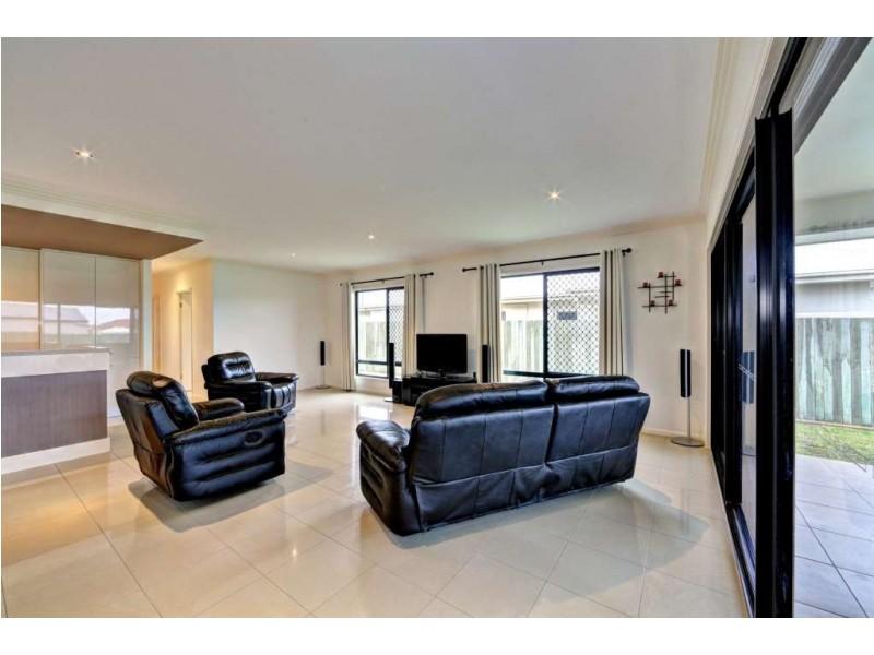 4 Chantilly Street, Bargara QLD 4670