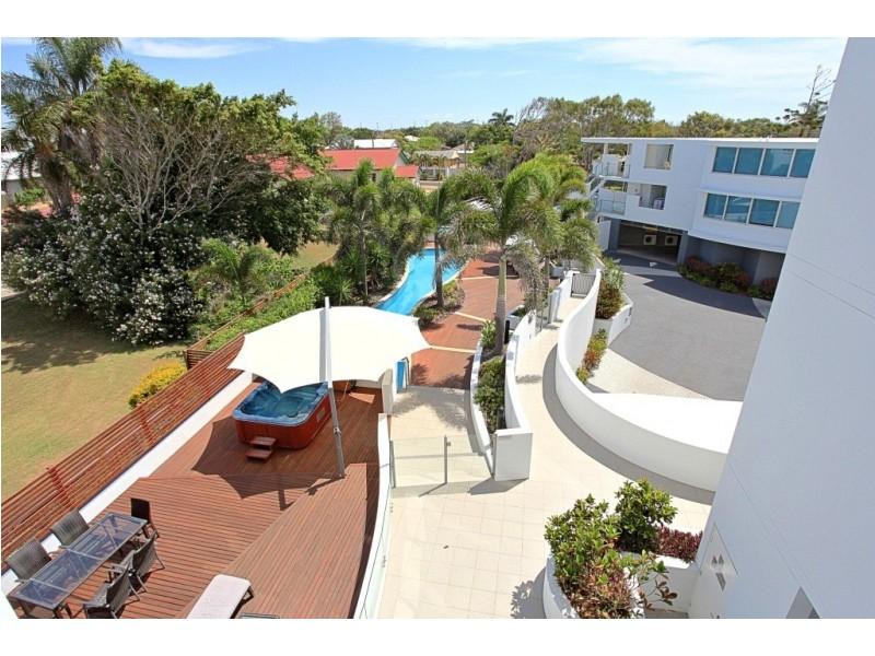 U304 Manta 95 Esplanade, Bargara QLD 4670