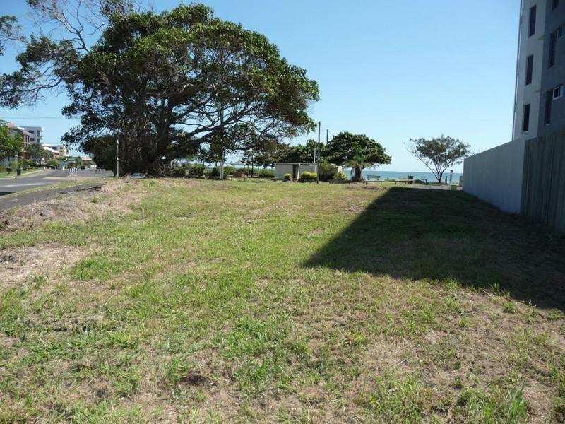 33a Esplanade, Bargara QLD 4670