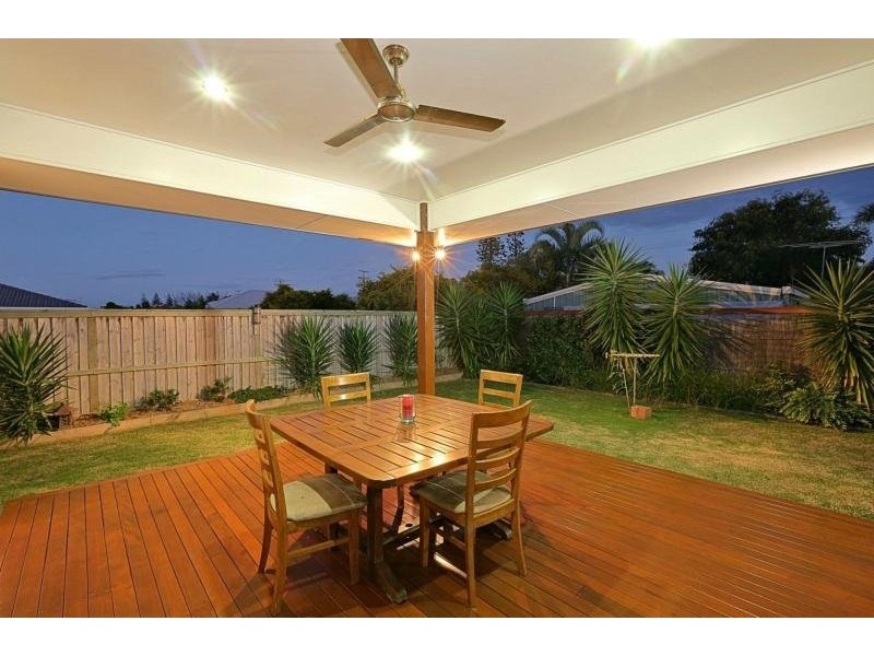 9 Whale Circuit, Bargara QLD 4670