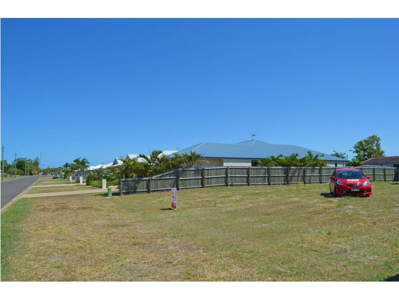49 Grimwood Street, Bargara QLD 4670