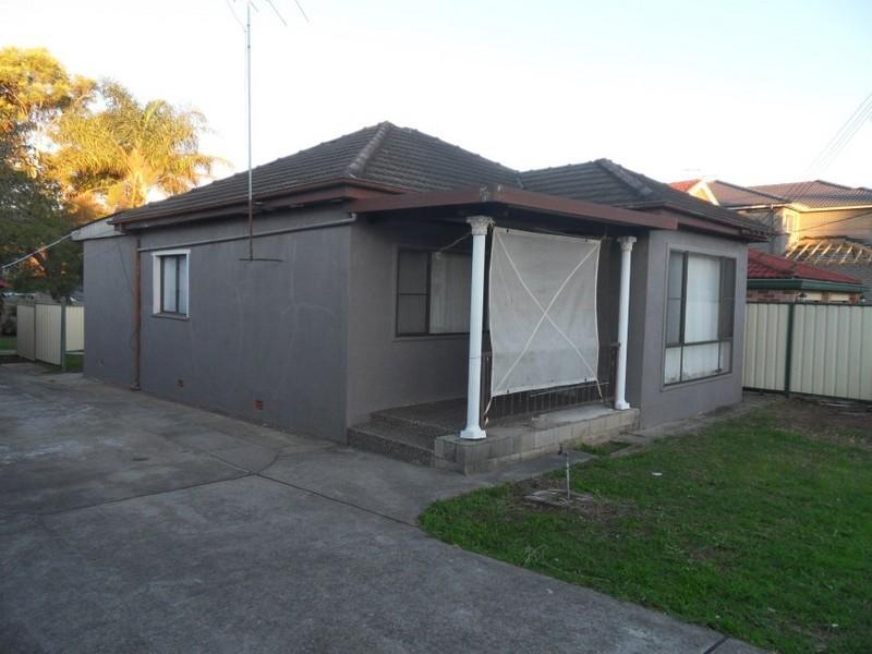 82 Water Street, Cabramatta West NSW 2166