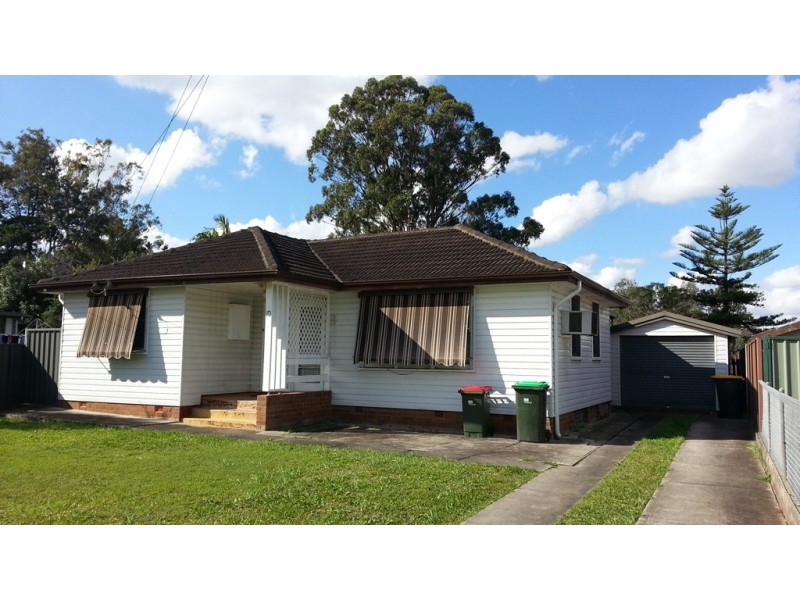 10 Armstrong St, Ashcroft NSW 2168