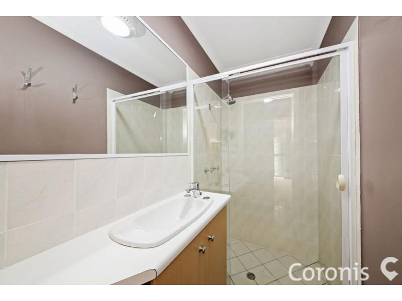 11 Dame Pattie Court, Newport QLD 4020