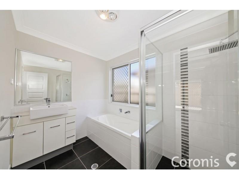 9 Drewett Avenue, Redbank Plains QLD 4301