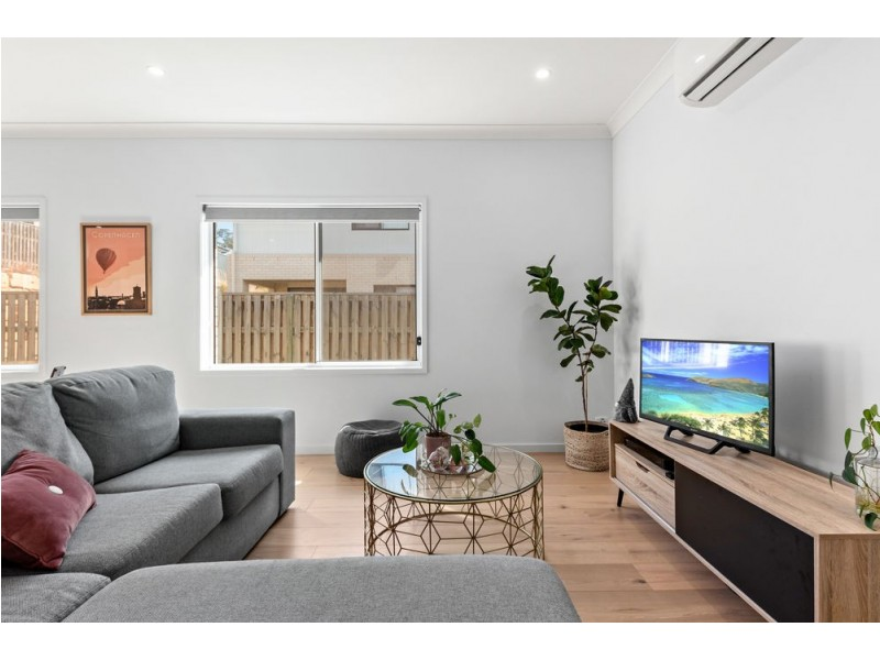 56 Kenneth Drive, Augustine Heights QLD 4300