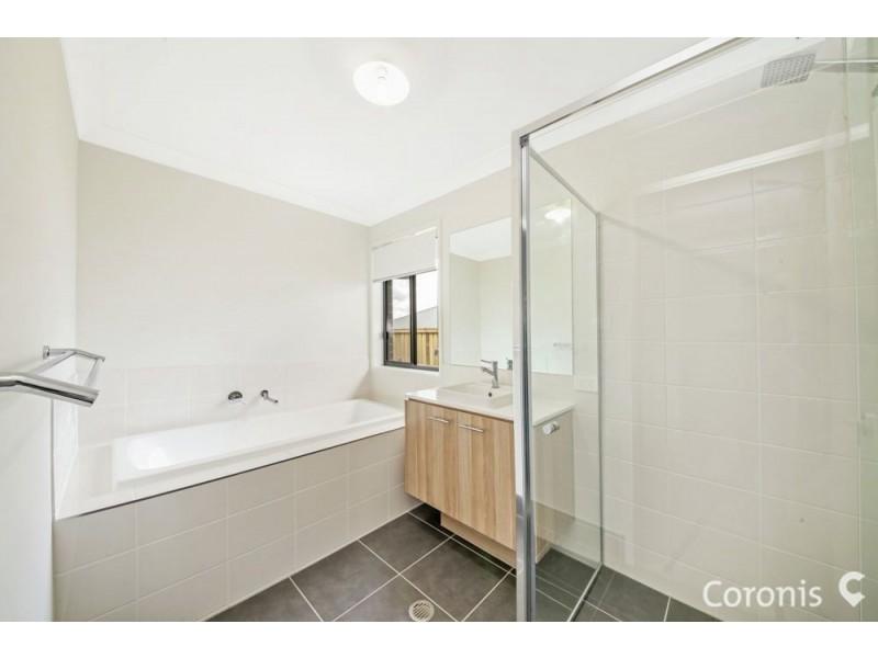 203 Canvey Road, Upper Kedron QLD 4055