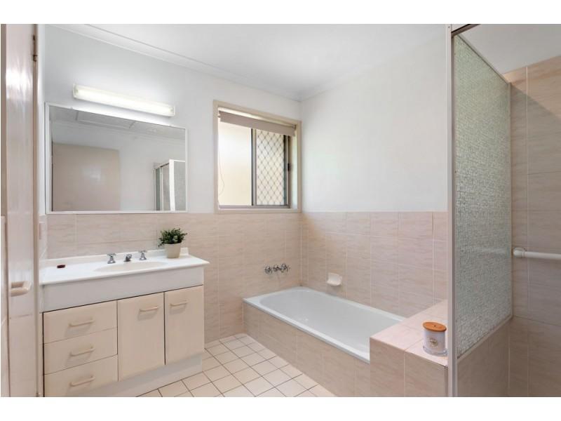 29/9 Leslie Street, Arana Hills QLD 4054