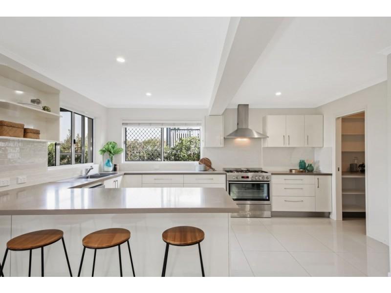 5 Rosanne Street, Aspley QLD 4034
