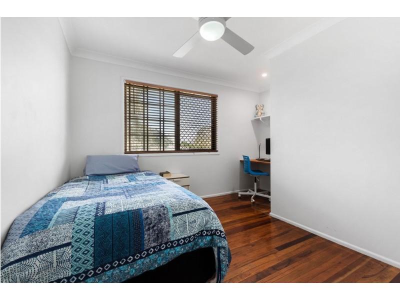 23 Mannetto Street, Wishart QLD 4122