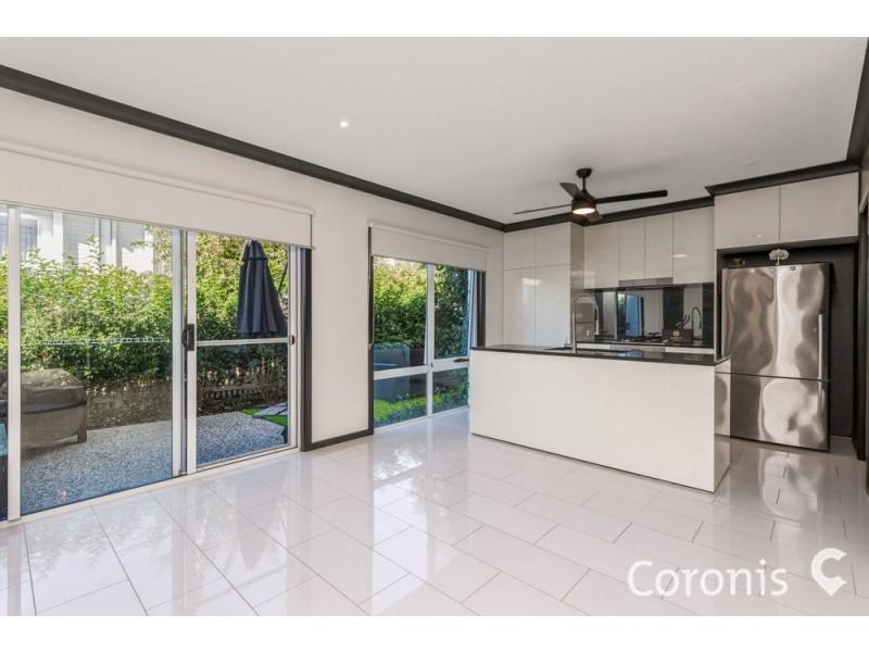 78 Hill Drive, Pimpama QLD 4209
