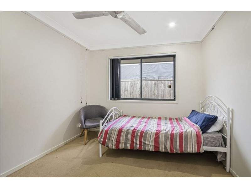 44 Percy Earl Crescent, Pimpama QLD 4209