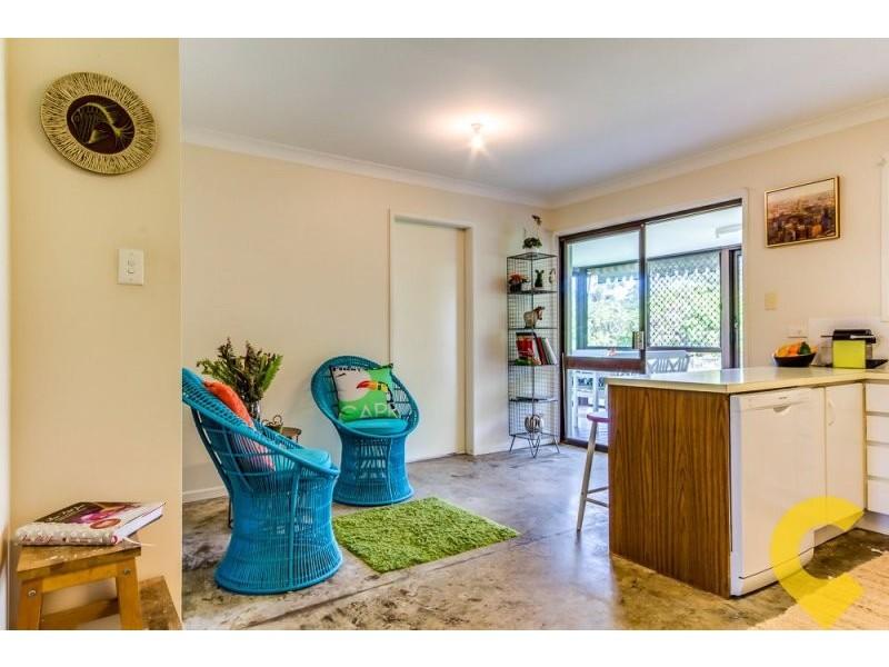 14 Lawnton Street, Daisy Hill QLD 4127