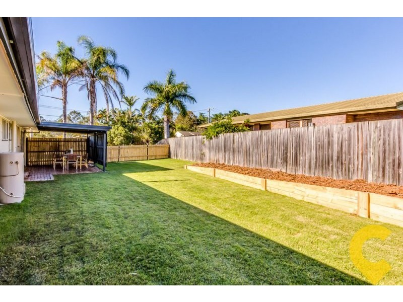 3 Village Drive, Daisy Hill QLD 4127