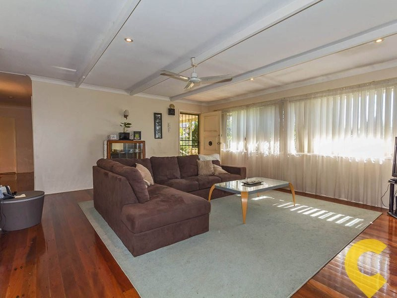 2 Malvern Road, Albany Creek QLD 4035