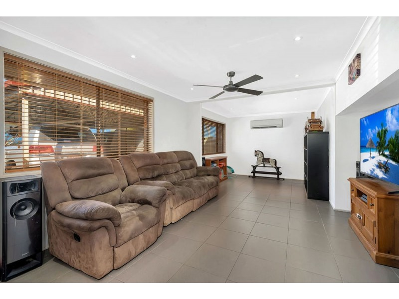 26 Main Street, Meringandan QLD 4352
