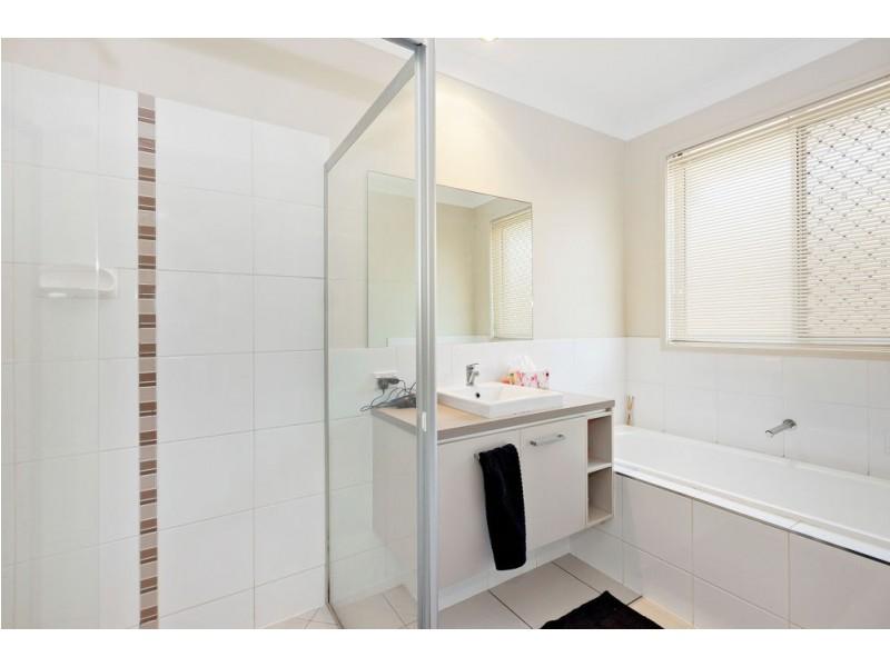 17 Torello Crescent, Victoria Point QLD 4165