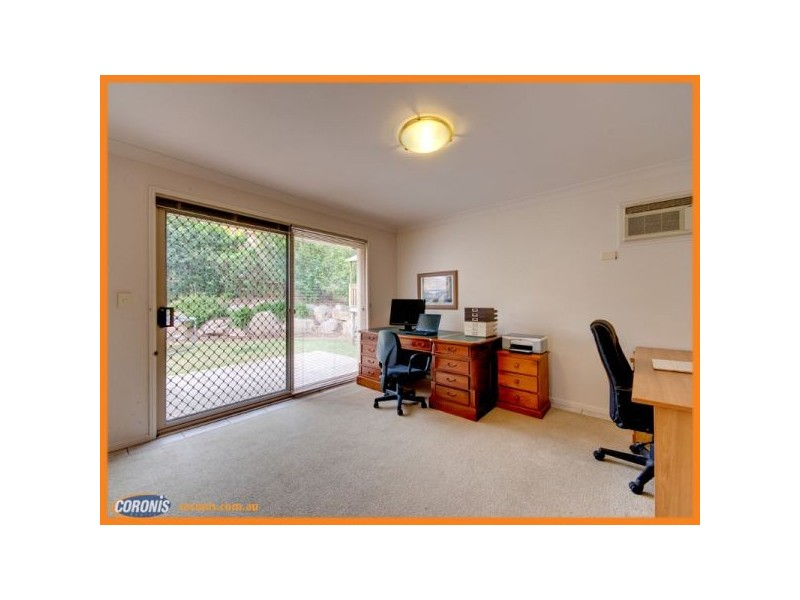 10 Regal Place, Aspley QLD 4034