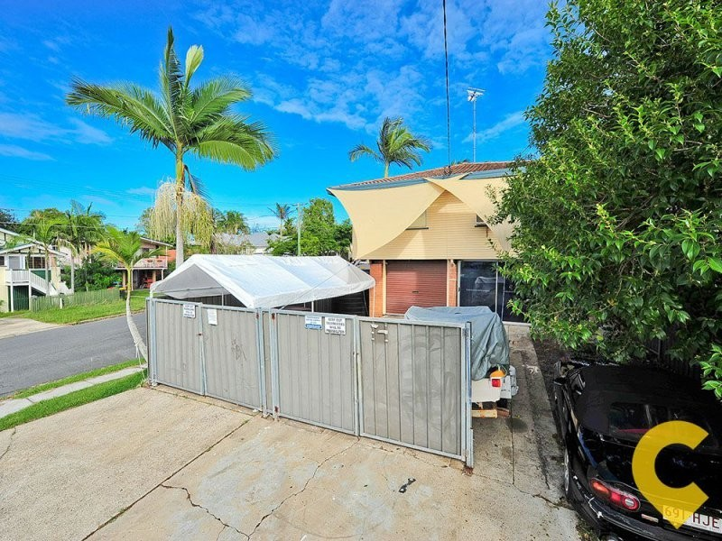 2 Chermside Street, Grange QLD 4051