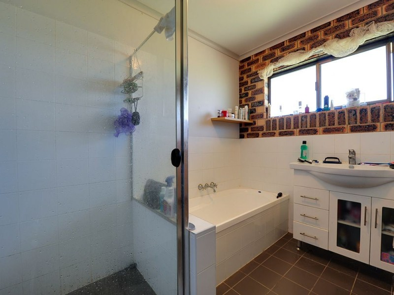 36 Bywater Street, Hillcrest QLD 4118