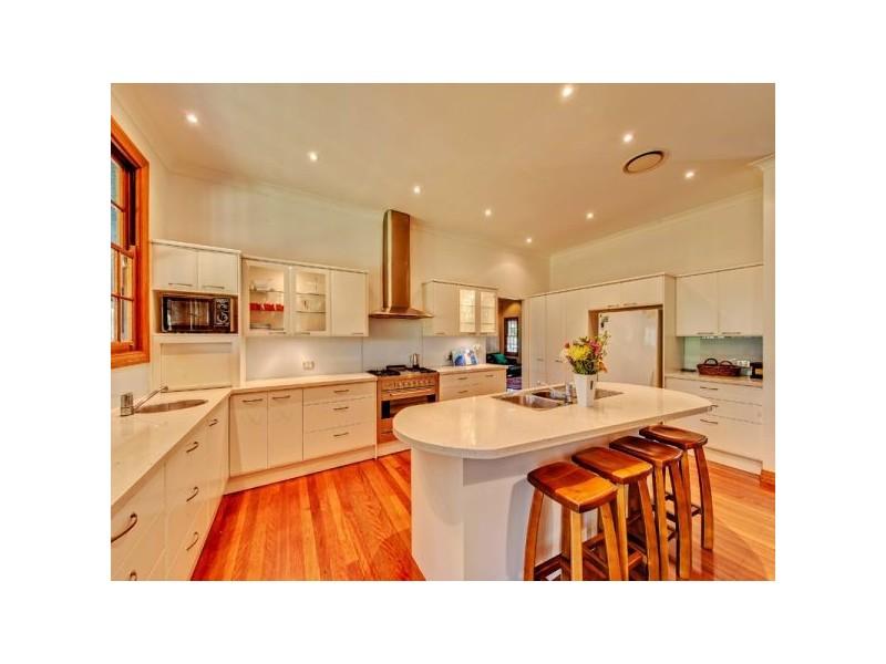 106 Hayes Avenue, Camira QLD 4300