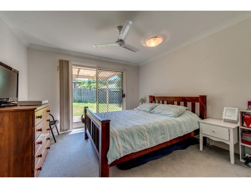 8 Elysian Crescent, Camira QLD 4300