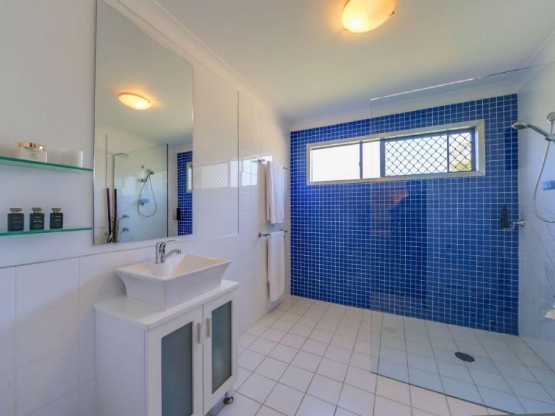 11 Tooraneedin Road, Coomera QLD 4209
