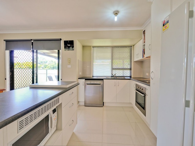 24 Beutel St, Waterford West QLD 4133