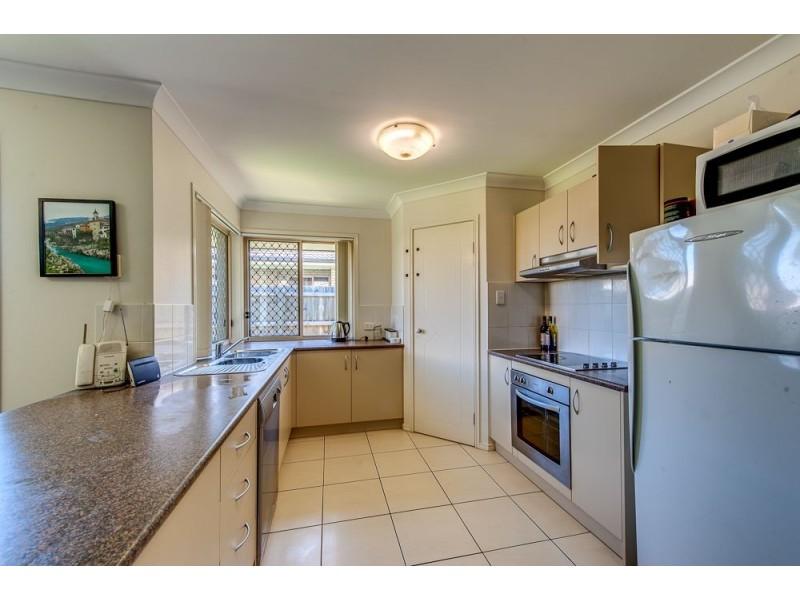 2 Josh Court, Flinders View QLD 4305