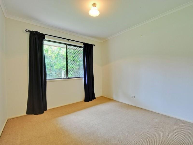5 Jane Street, Arana Hills QLD 4054