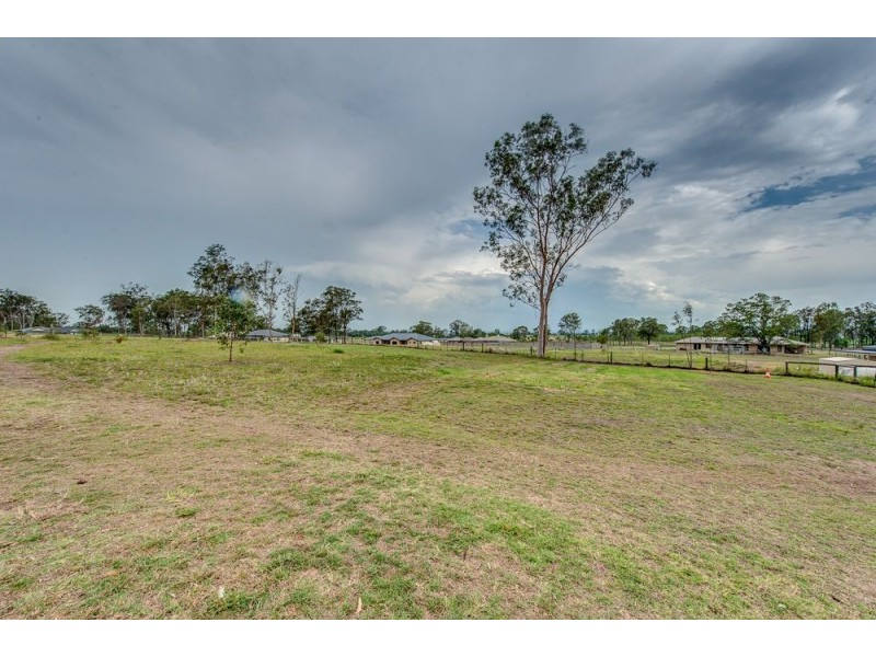 5 Mountain View Drive, Adare QLD 4343