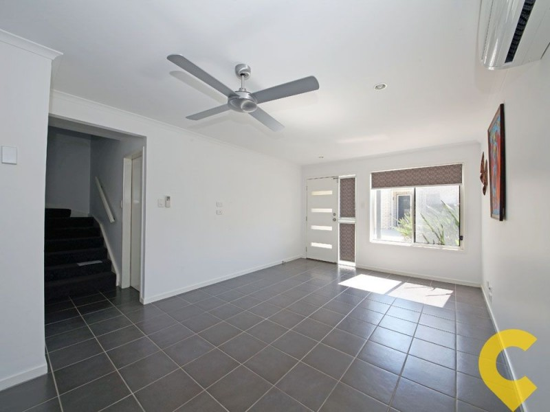4/6 Station Road, Burpengary QLD 4505