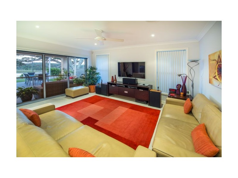 66 Newmans Rd, Woolgoolga NSW 2456