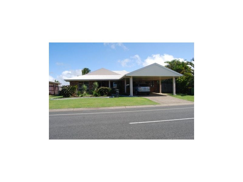 17 Caledonian Drive, Beaconsfield QLD 4740