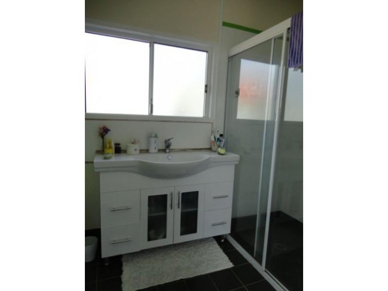 169 McIntyre Road, Calen QLD 4798