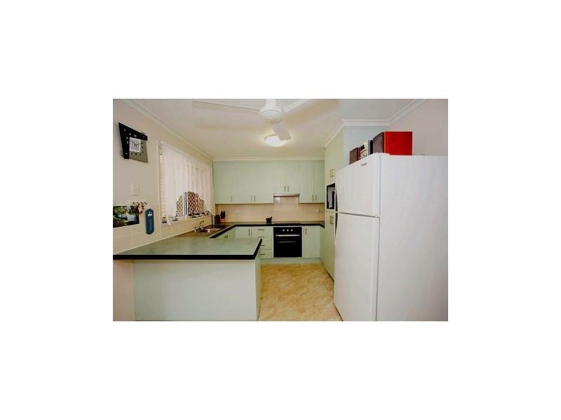 17 Cassia Street, Beaconsfield QLD 4740