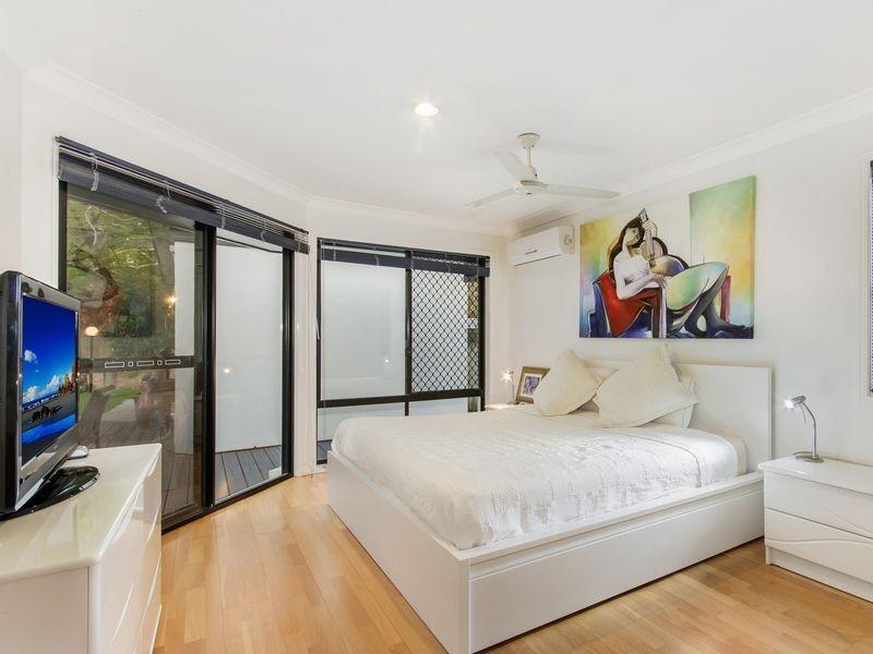 35 Korong Street, Southport QLD 4215