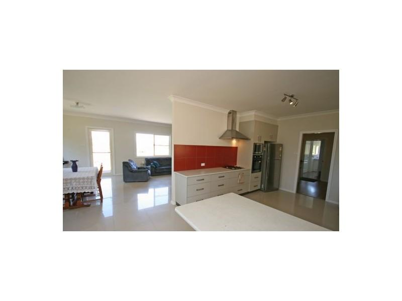 111 Burgess Lane, Tamworth NSW 2340