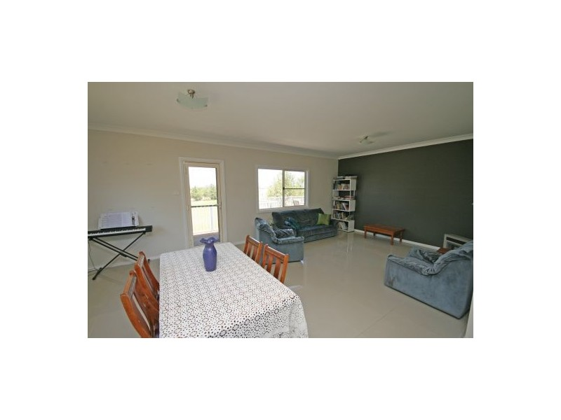 111 Burgess Lane, Tamworth NSW 2340